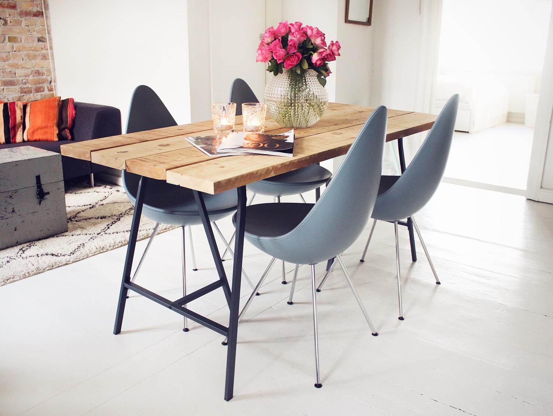 råt træbord, hjemmelavet spisebord, plankebord