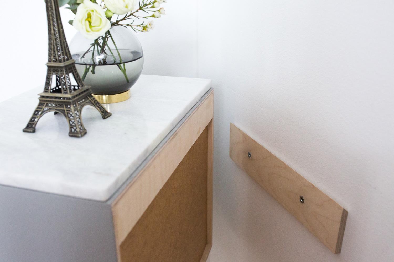 Sengebord Over Seng. Simple Sengebord Bredsten Skuffer Hvid With ...