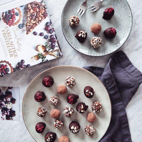 sunde romkugler, romkugler med sorte bønner, healthy snacks, sunde snacks, fabelagtige fristelser, kogebog, kager