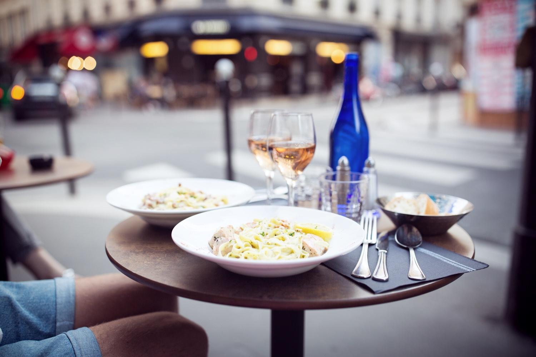 dinner-paris