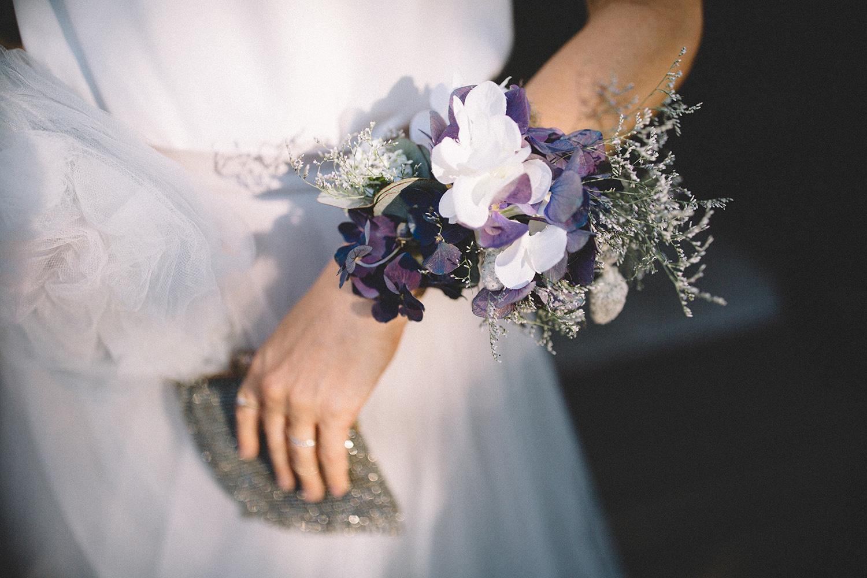 brudebuket-til-haanden